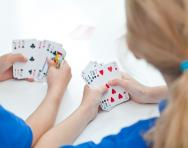 Maths card games for primary-school children