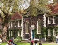 Geffrye Museum of the Home © Morley Von Sternberg