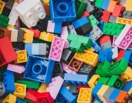 Learning through LEGO