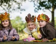 Children at Mary Arden's farm © Amy Murrell 2012
