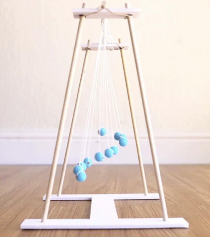 KiwiCo Pendulum Wave Toy