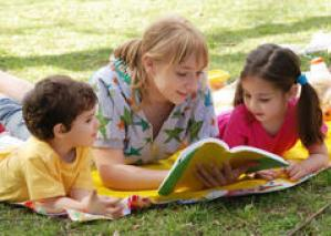 mum reading with kids