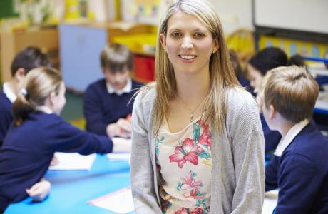 How to volunteer in primary school