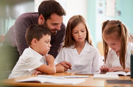 What is the International Primary Curriculum (IPC)?