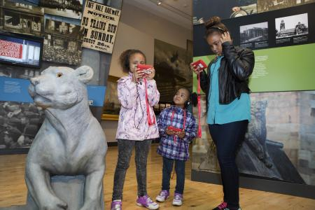Learning games and educational activities at the museum